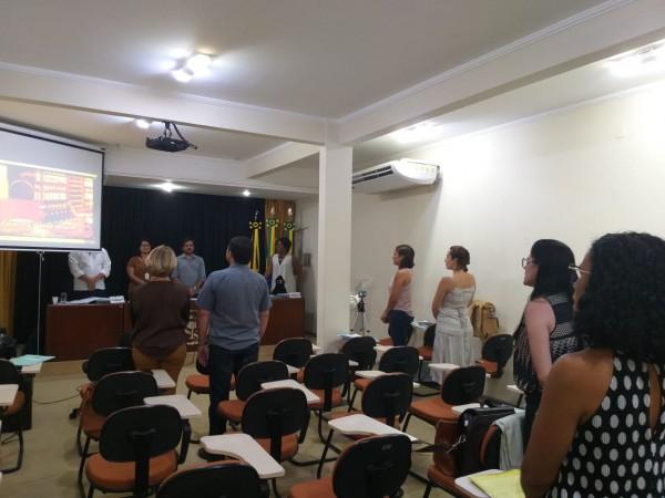 CRF/SE RECEBE ESTUDANTES NA REUNIÃO PLENÁRIA DO MÊS DE FEVEREIRO