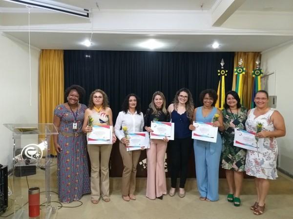 CRF/SE HOMENAGEIA FARMACÊUTICAS