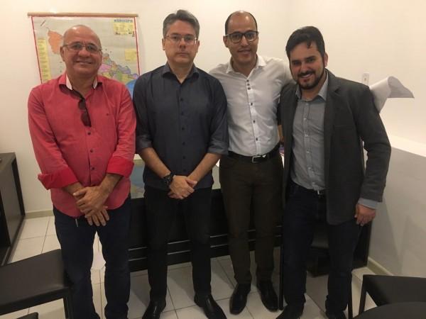 CRF/SE se reúne com o senador Alessandro Vieira