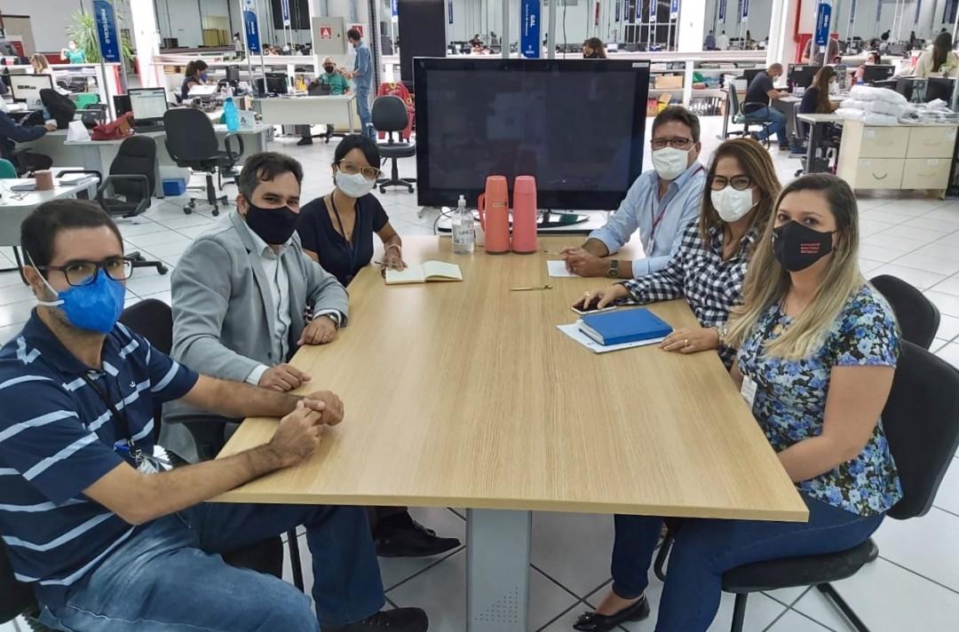 09-09-reuniao-com-a-vigilancia-epidemiologica_75d86557198b11d9292a.jpg